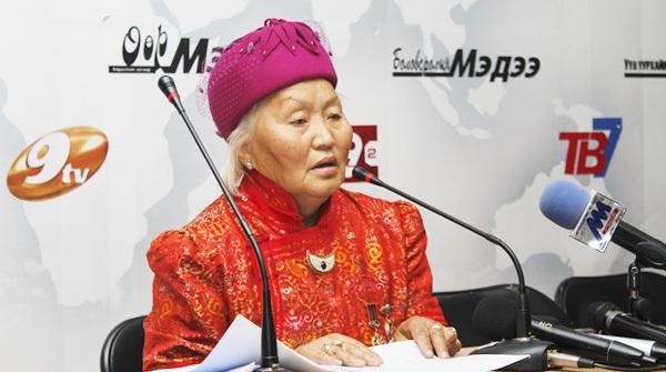 Ц.Тамара эмээгийн 100 айлын хотхоны суурь тавигджээ