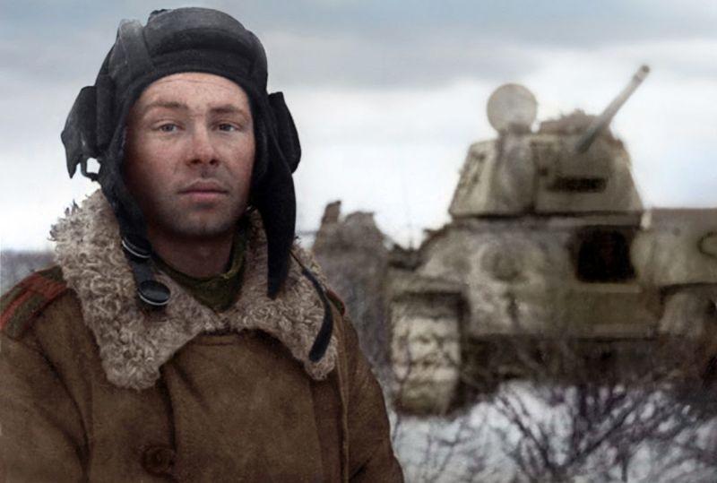 Оросын Аугаа эх орны төлөө дайны үеийн зургийг өнгөтөөр тольдвол