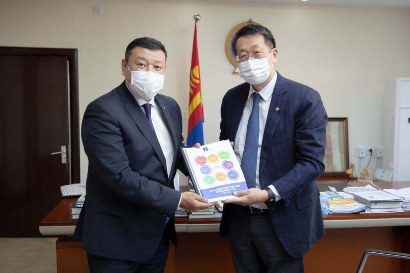 БШУ-ы сайд Л.Энх-Амгалан Монгол Улсаас АНУ-д суух Элчин сайдтай уулзав