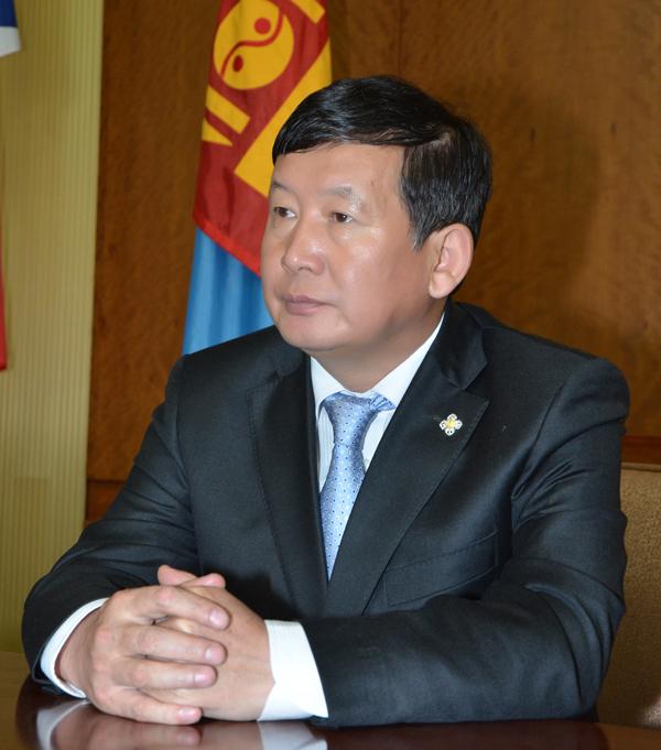 Д.Лүндээжанцан: Монгол Улсын хувьд хоёр хөрштэйгөө тэнцвэртэй харилцах хэрэгтэй