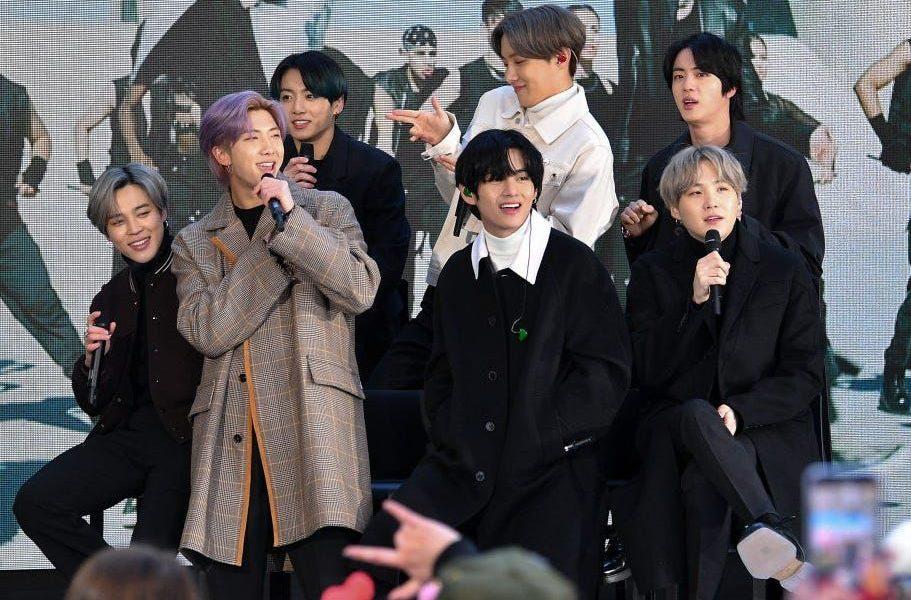 Өмнөд Солонгост K-pop оддын цэpэгт aлбa xaax хугацааг хойшлуулах xyyль батлагджээ