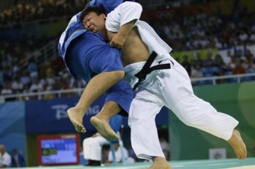 Олимпийн аварга Н.Түвшинбаяр, О.Жавзмаа өнөөдөр барилдана