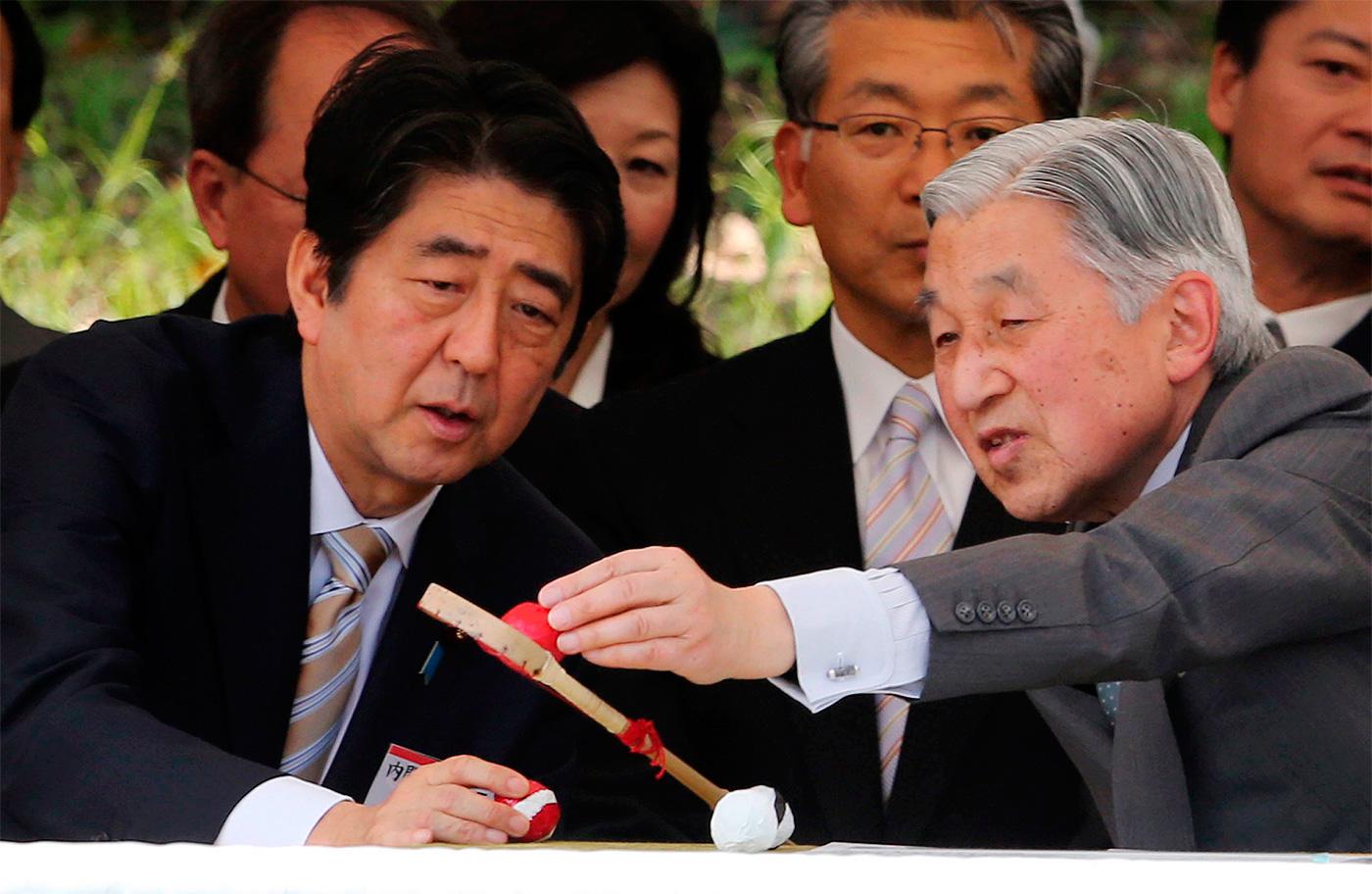 Японы эзэн хаан Акихито түүхэнд гэмшиж байдгаа илэрхийлжээ