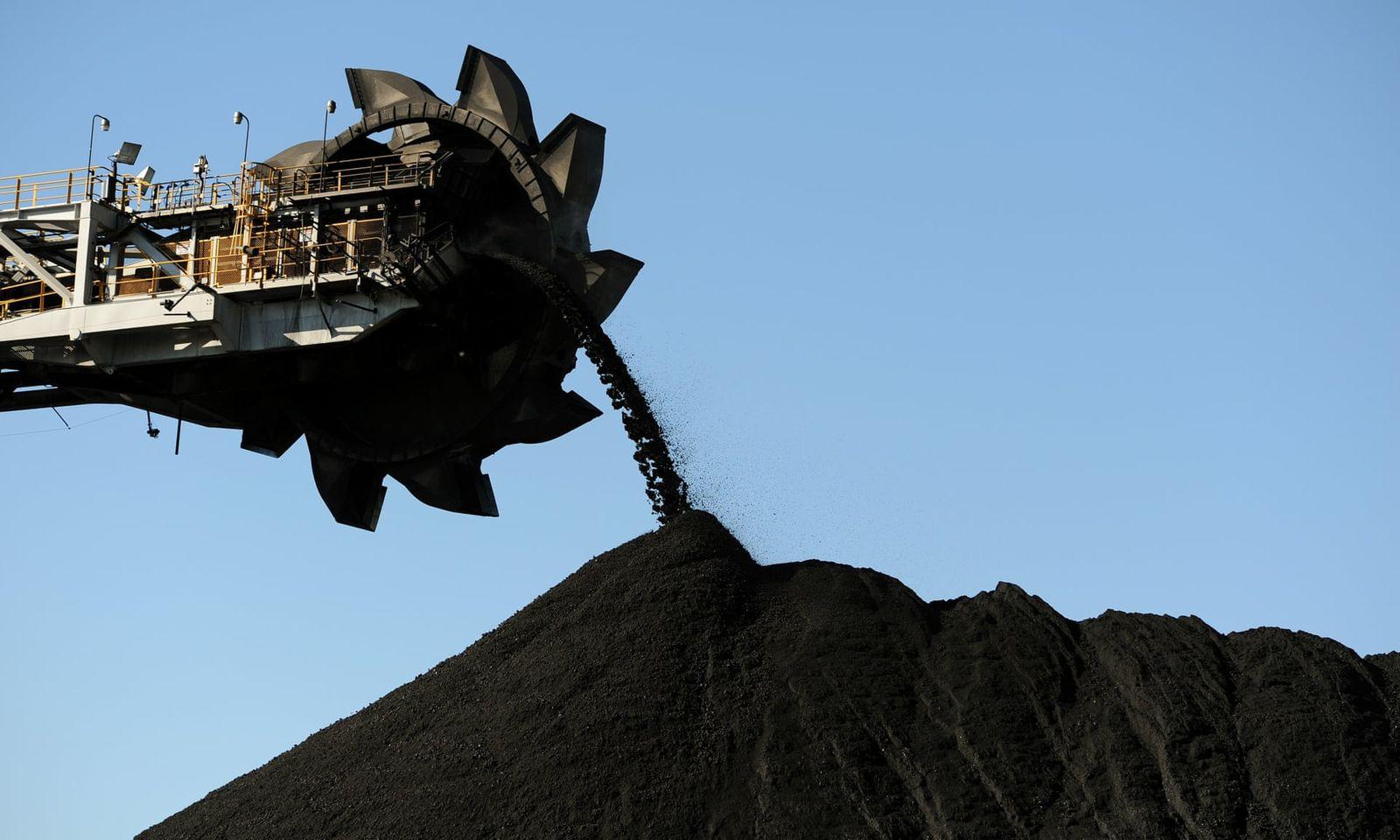 Хятадын цахилгаан станцууд Австралийн нүүрсийг авахаас татгалзаж эхэлснийг мэдээлжээ