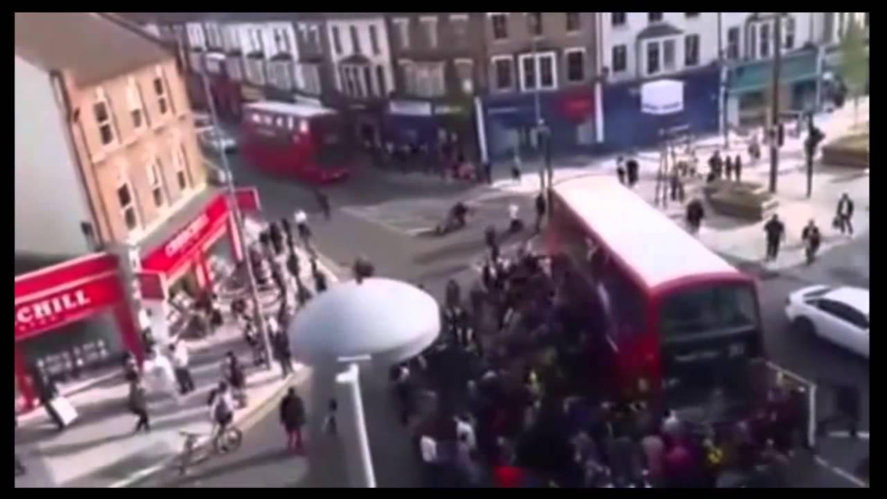 Автобус өргөн дугуйчныг аварчээ (видео)