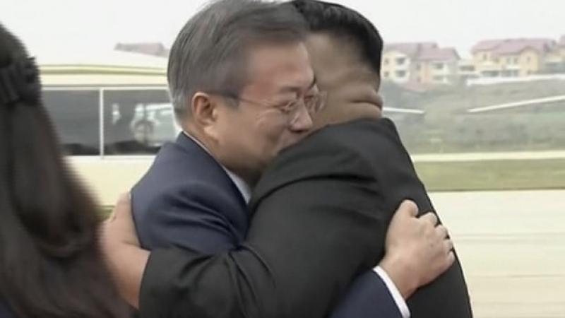 Хоёр Солонгосын удирдагчид уулзлаа