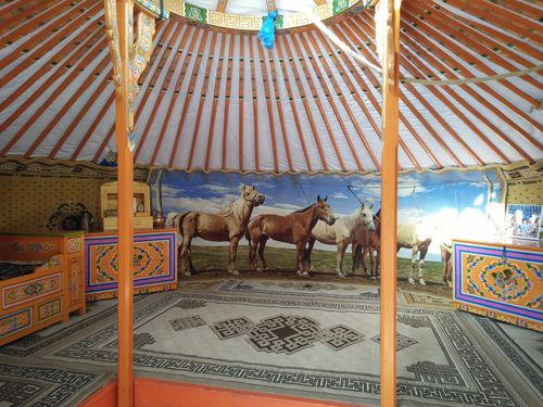Өвөр Монголын энгийн нэгэн малчин айл /Фото/