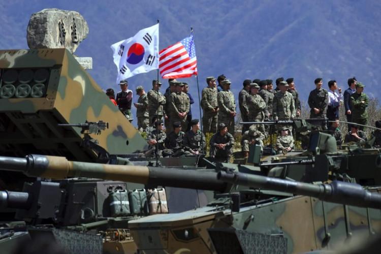 Умард Солонгос пуужин хөөргөх ажиллагаагаа зогсоож