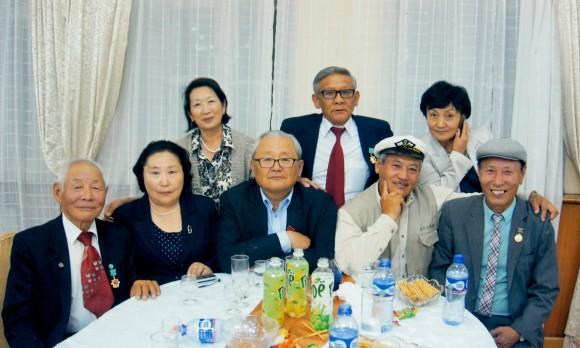 Монголын хувьсгалт залуучуудын эвлэлийн ахмад ажилтнууд уулзалдлаа