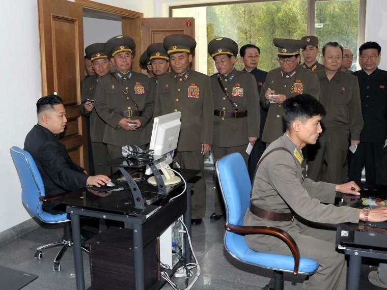 Умард Солонгосын хакерууд вакцин бүтээгчдийн сүлжээнд халджээ