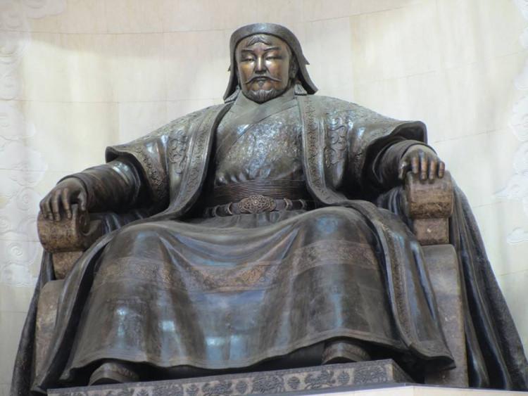 Чингис Хааны тухай гадныхны бичсэн сонирхолтой 24 баримт
