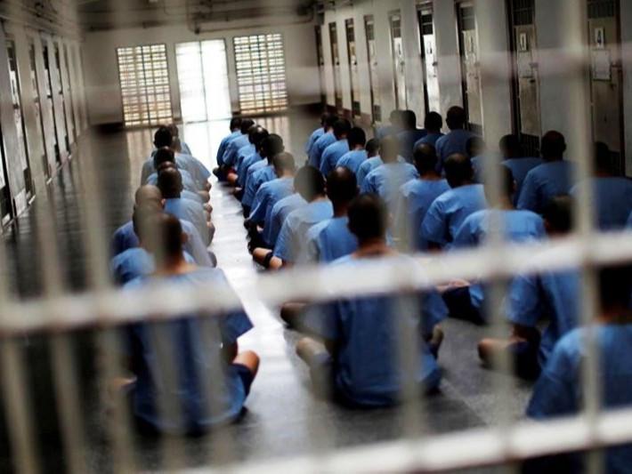 Хятадын нэгэн шоронд 200 хоригдол коронавирусээр халдварлажээ