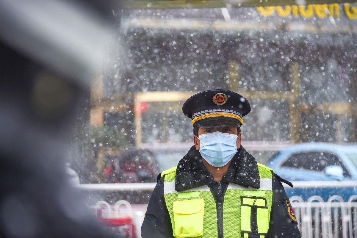 Хятадад илэрсэн коронавирусийн шинэ халдварын тоо буурсаар байна