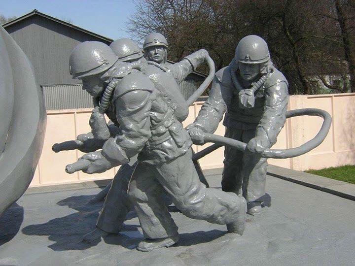 Чернобылийн АЦС-ын ослын үеэр гал унтрааж байсан гал сөнөөгчийн бэлэвсэн эхнэрийн ярьсан бодит түүх