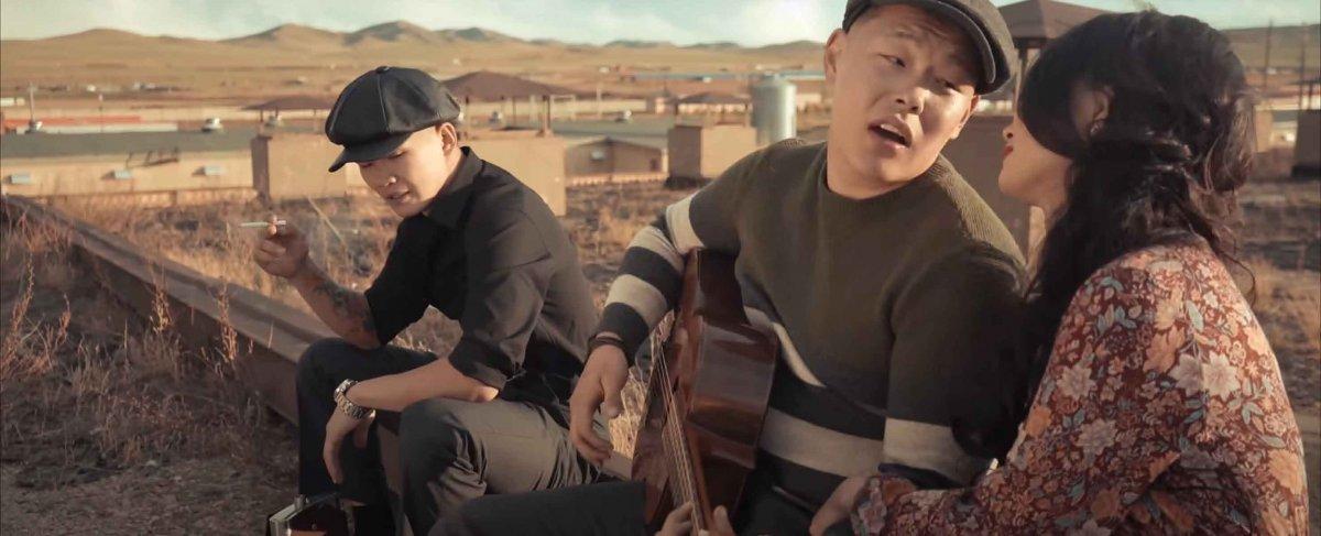 """Gangbay: """"Ганган цагаан"""" дуу бид хоёрын төсөөлснөөс богино хугацаанд хүмүүст хүрлээ"""
