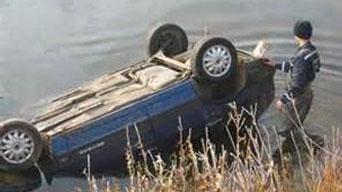 Гол руу унасан машинд 14 цаг байж амьд үлдсэн нялх охин