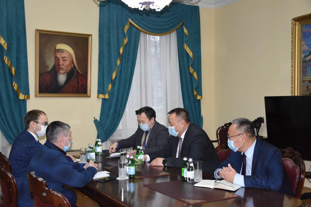 Улаанбуудай нийлүүлэх боломжийн талаар Оросын талтай уулзалт хийв
