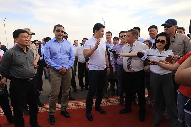 """""""УАЗ-469"""" автомашины жолооч нарыг хуулийн хүрээнд тээвэр эрхлэхийг Ерөнхий сайд санууллаа"""