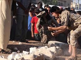 """""""Исламын улс""""-ын вандалууд Палмирад эртний зургаан хөшөөг устгалаа (бичлэг)"""