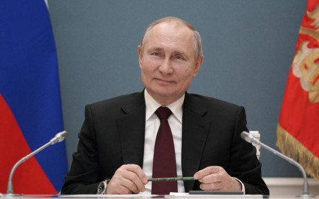 В.Путин Оросыг 83 нас хүртлээ удирдах эрхтэй боллоо