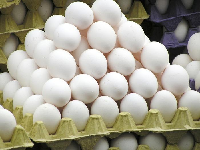 Хүнсний дэлгүүрүүд өндөгний үнээ нэмжээ