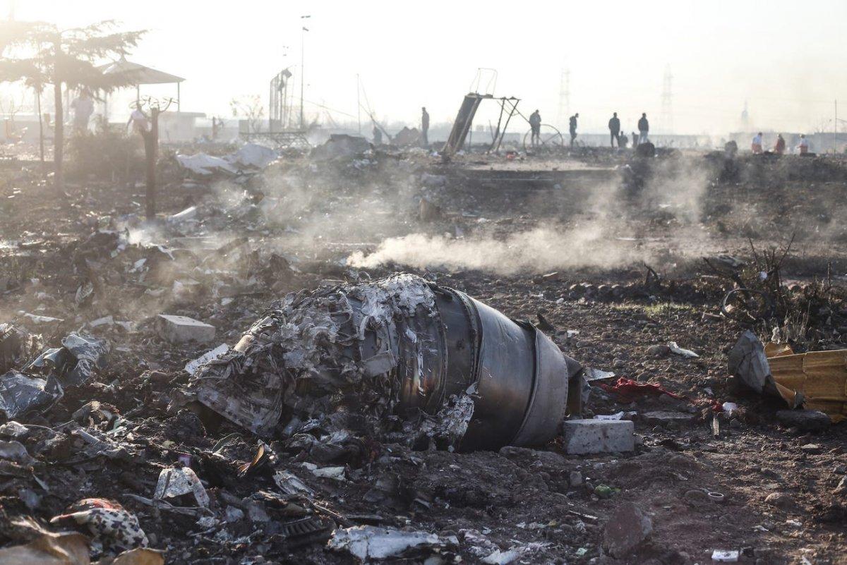 Украины нисэх онгоцыг хоёр удаа пуужингаар харвасныг шинэ ДҮРС БИЧЛЭГ харуулжээ