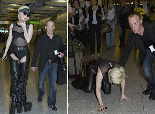 Лэди Гагаг Австралийн Соёлын яамнаас задгай хувцаслахгүй байхыг анхааруулжээ