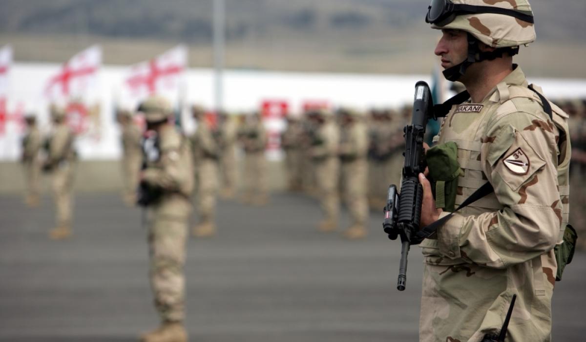 Гүрж улс НАТО стандартын гар бөмбөг, пуужингийн үйлдвэрлэнэ