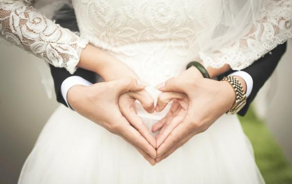 Үерхэх залуу, гэрлэх залуу хоёрын чинь 5 ялгаа
