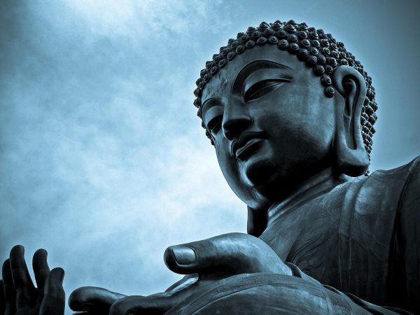 Зовлонгоос ангижруулах Буддын сургаалиуд