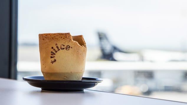 Идэх боломжтой кофены аягыг үйлчилгээнд туршиж эхэллээ