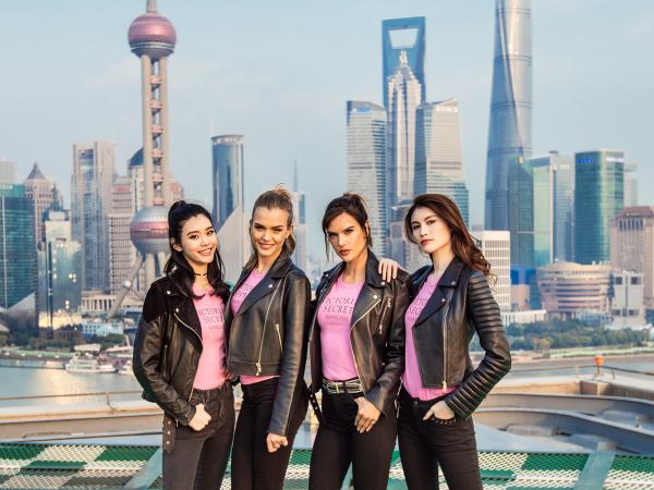 Викториа Секрет загварын шоу Шанхай хотод болно
