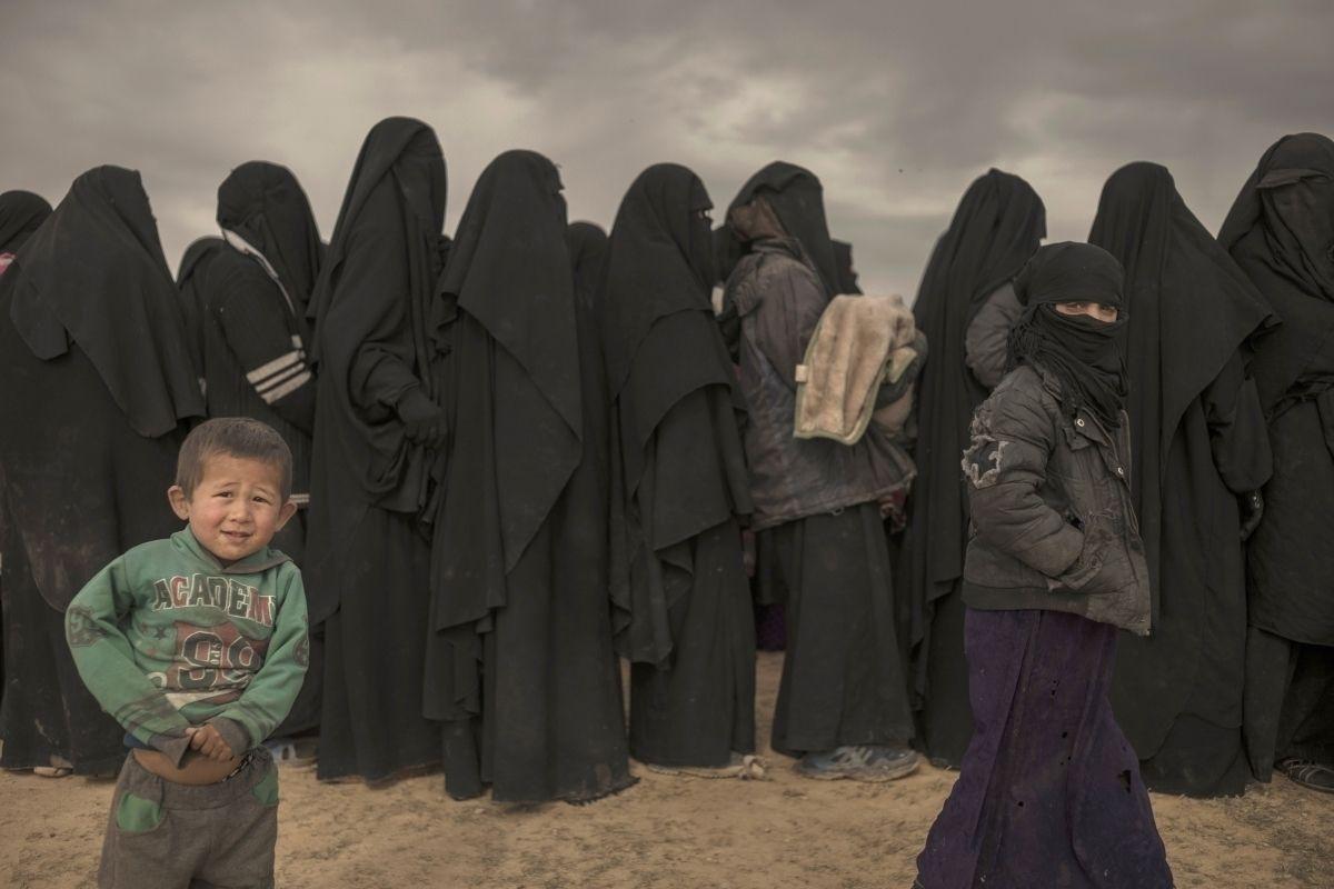 Исламын улс бүлгийн гишүүнтэй холбоотой маргаанаас болж Норвегийн засгийн газар задарлаа