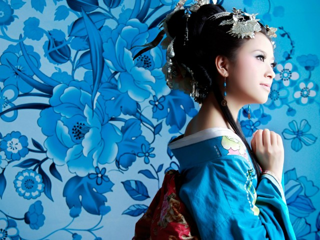 Гоолиг, залуугаараа байдаг Япон эмэгтэйчүүдийн нууц