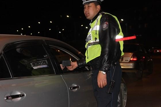 Эрхээ хасуулсан жолооч нар өршөөлийн хуульд хамрагдахаар боллоо
