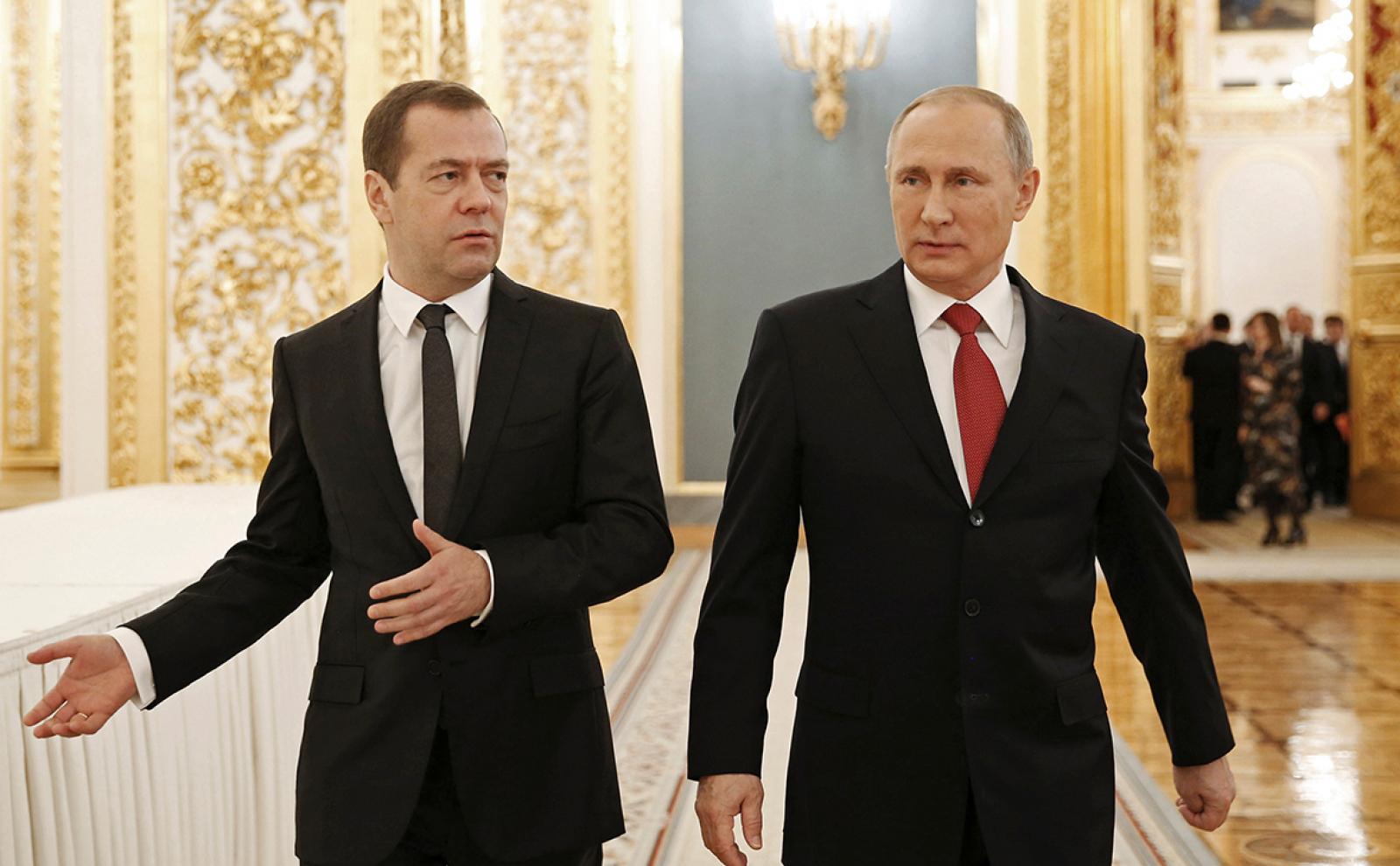 Владимир Путин: Медведев бид хоёрын дунд нууц гэж байхгүй