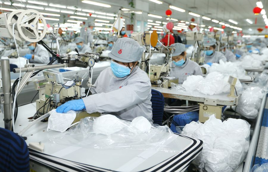 Хятадад өдөрт үйлдвэрлэж буй амны хаалтын тоо 70 сая давжээ