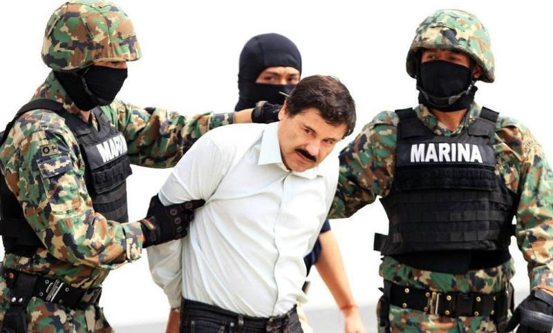 Мексикийн Засгийн газар Эль Чапог АНУ-д шилжүүлэхээр боллоо