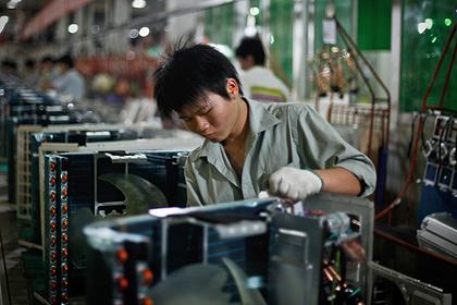 Хятад улс худалдааны дайнд хамаг хүчээ зориулж байна