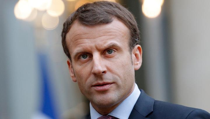 Эммануэль Макрон: Франц АНУ-аас хараат байх ёсгүй