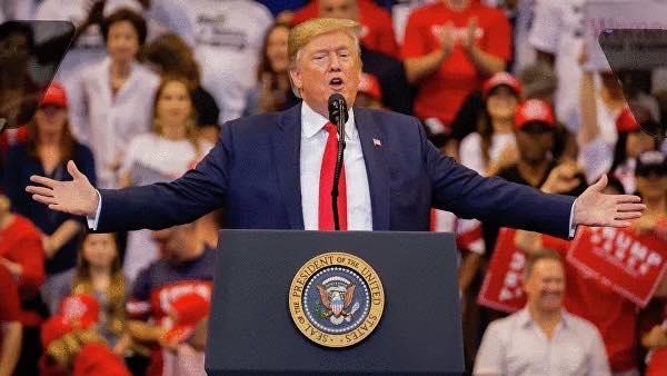 АНУ-ын дээд шүүх Дональд Трампын татварын хэргийг хянан хэлэлцэнэ