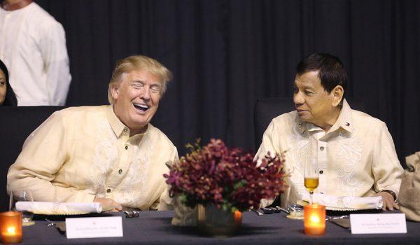 """Д.Трампын """"тушаал"""" -аар Филиппиний Ерөнхийлөгч Р. Дутерте дуулжээ"""