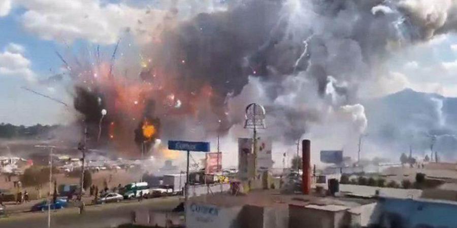 Мексикт салютны үйлдвэрт дэлбэрэлт болсны улмаас олон хүн амь үрэгджээ