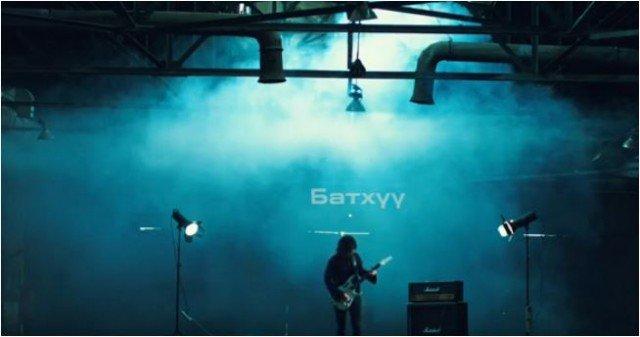 Соло гитарчин Г.Батхүү: Гоцлол уран бүтээлээ гурван КЛИПЭЭР эхлүүллээ
