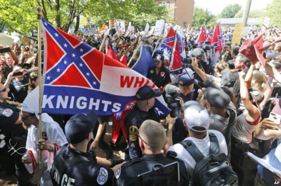 АНУ-ын Виржиниад болсон жагсаал хүчирхийлэл болон хувирлаа