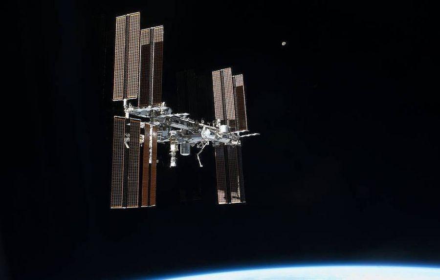 ОХУ сансрын хөлгийн гадна ажиллах робот бүтээнэ