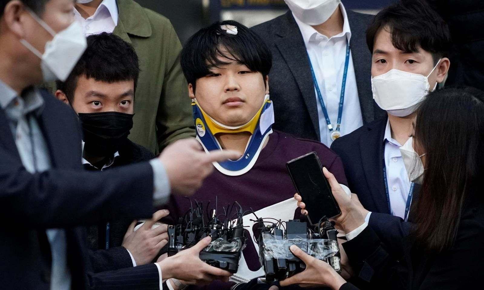 Охид бүсгүйчүүдийг онлайн орчинд боолчилж байсан этгээдийн нэрийг Өмнөд Солонгосын иргэдийн шаардлагаар ил болгожээ