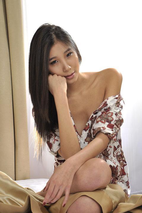 С.Төгс Азийн топ моделийн шоуны шилдэг 14 оролцогчийн нэг болжээ