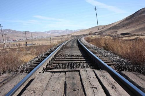 Х.ЭРДЭНЭ: Тавантолгой-Гашуунсухайтын төмөр замын км тутмыг 700 ам.долларт багтааж барих боломжтой