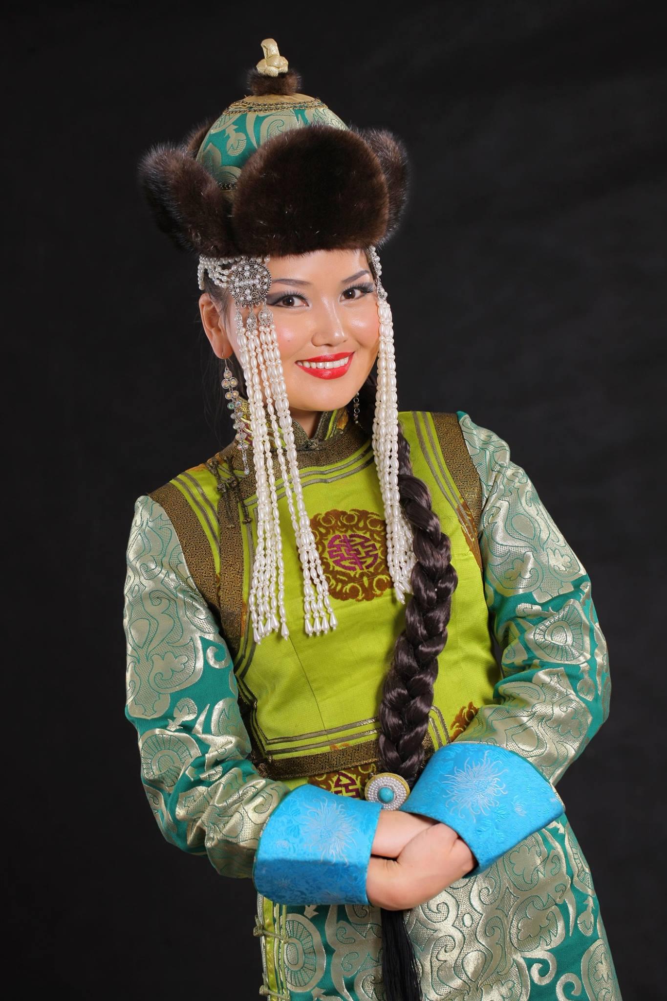 ЭХ ОРНЫ ДУУН - Монголын нэрт хөгжмийн зохиолчдийн ДУУНЫ БҮТЭЭЛ-үүд эгшиглэнэ